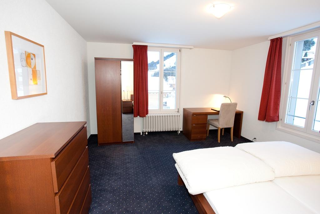 http://hoteljungfrau.ch/wp-content/uploads/2014/09/hotel-apartment-5.jpg
